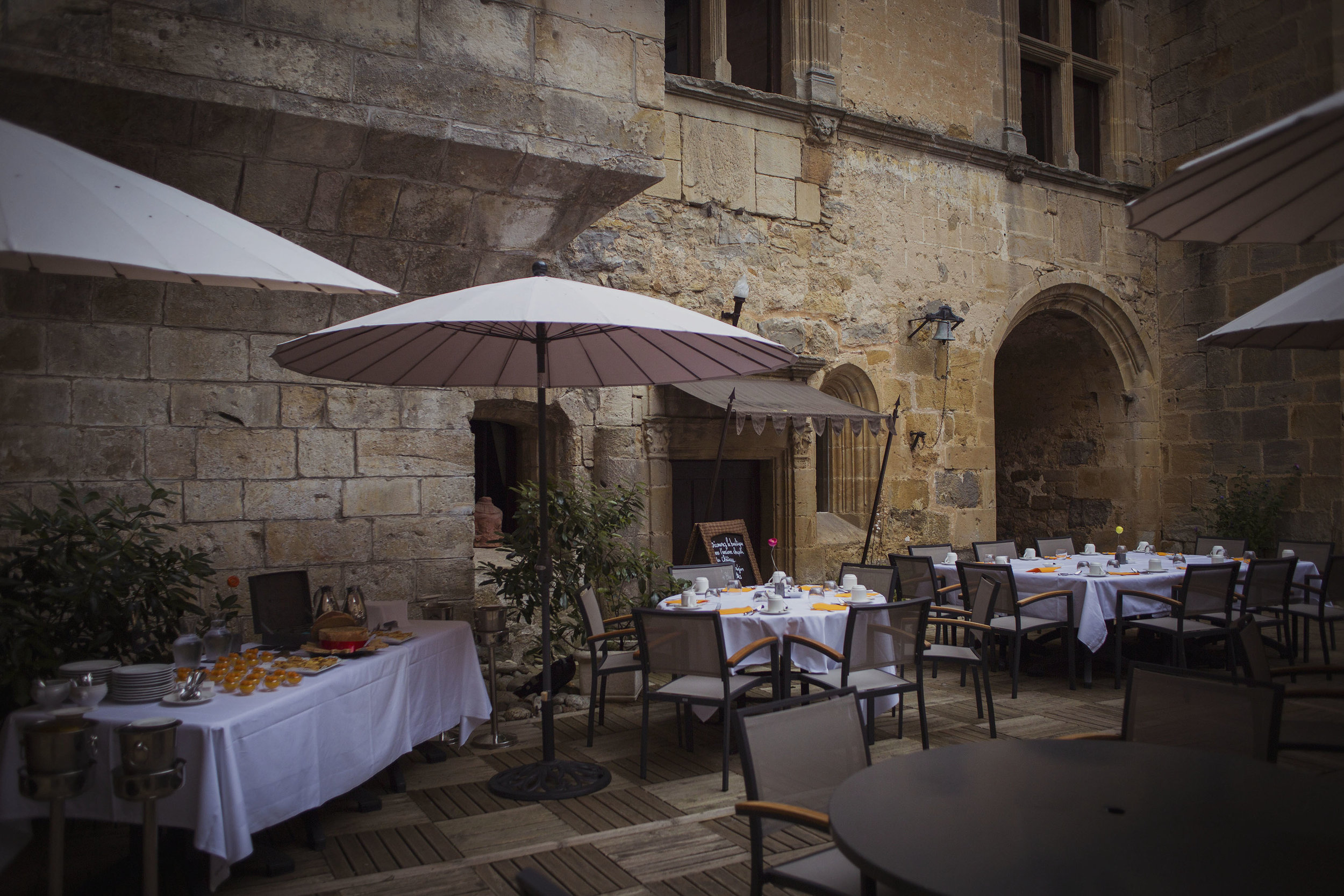 chateaux des ducs de joyeuses france destination wedding photography