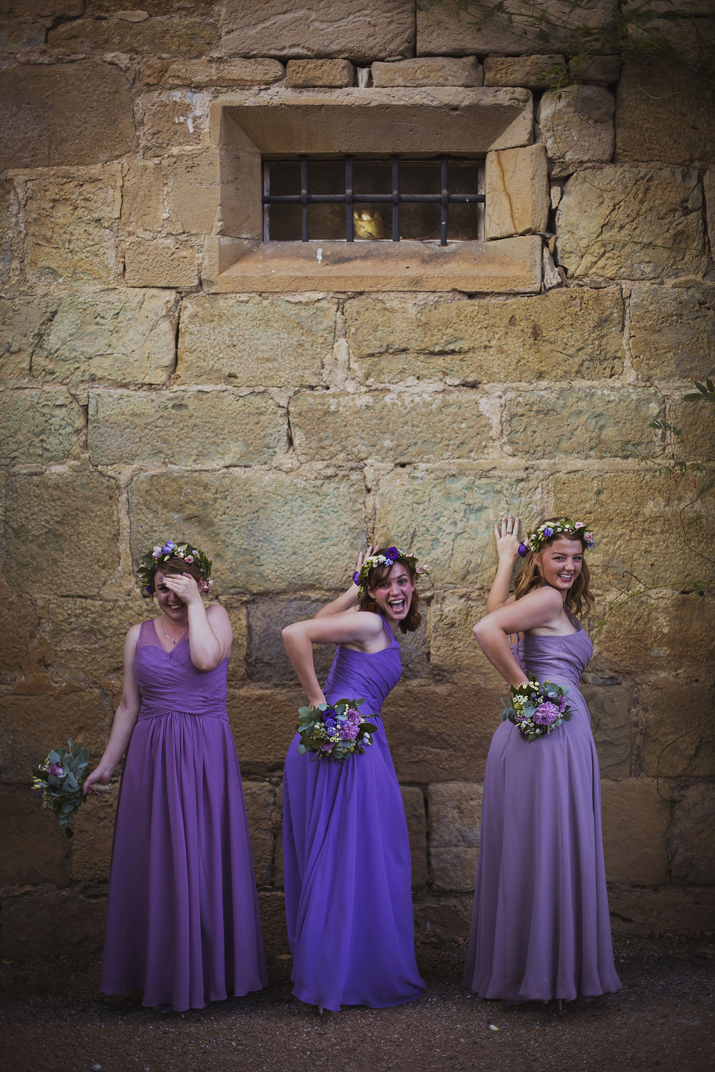 bridesmaids at bride and groom portrait chateaux des ducs de joyeuses france destination wedding photography