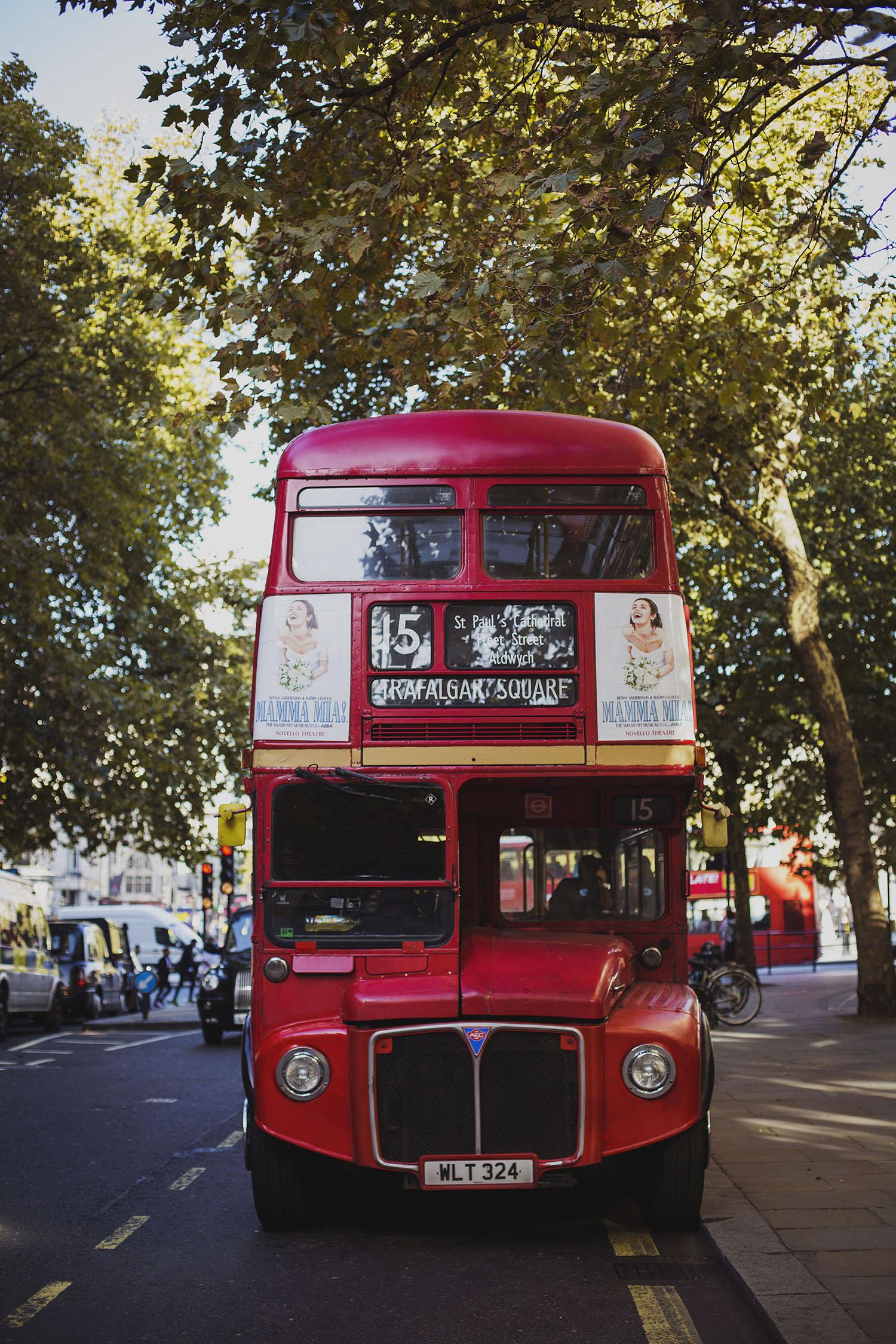 trafalgar square london red bus corinthia hotel wedding photographer