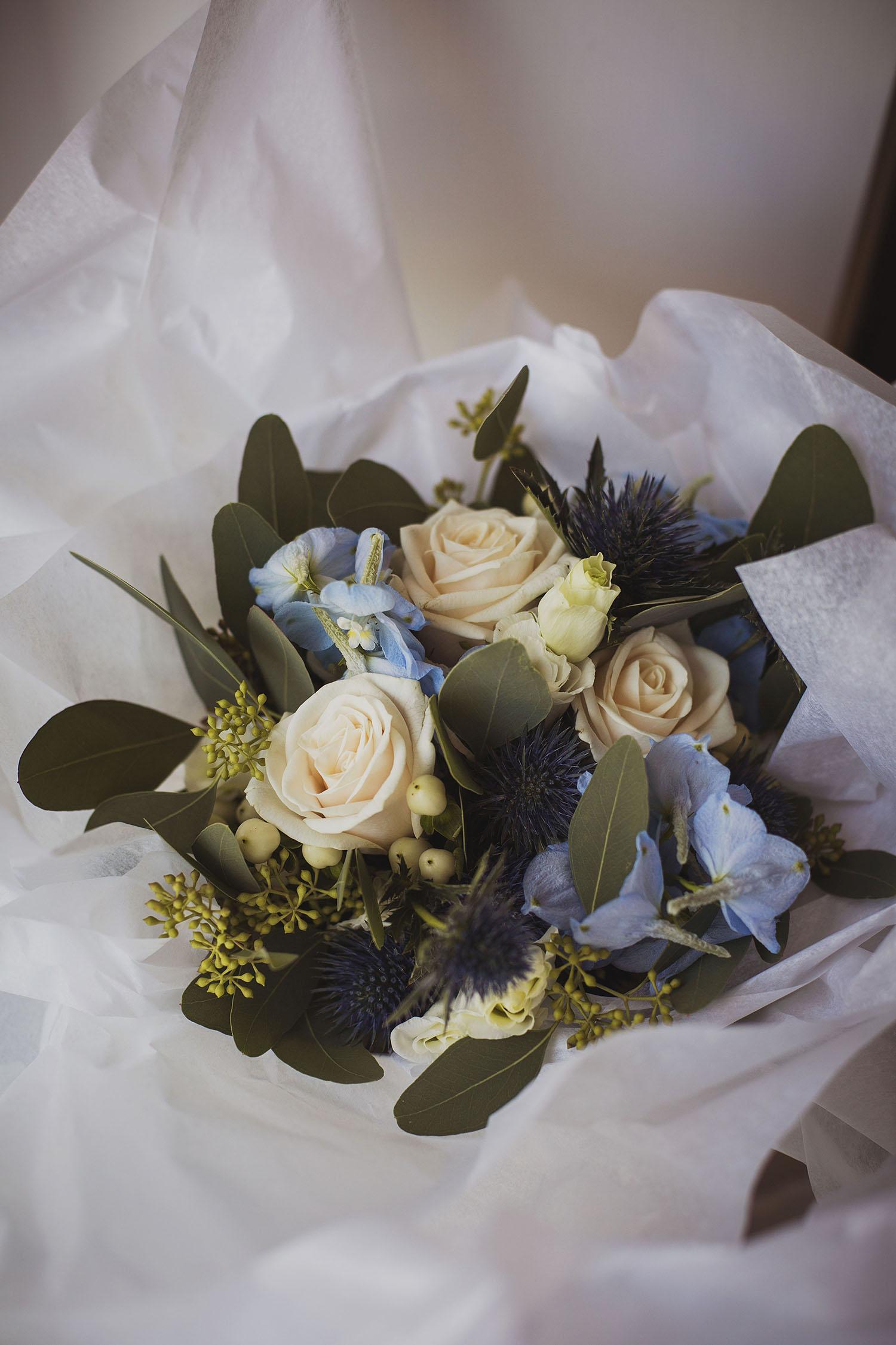 wedding flower bouquets  corinthia hotel london wedding photographer