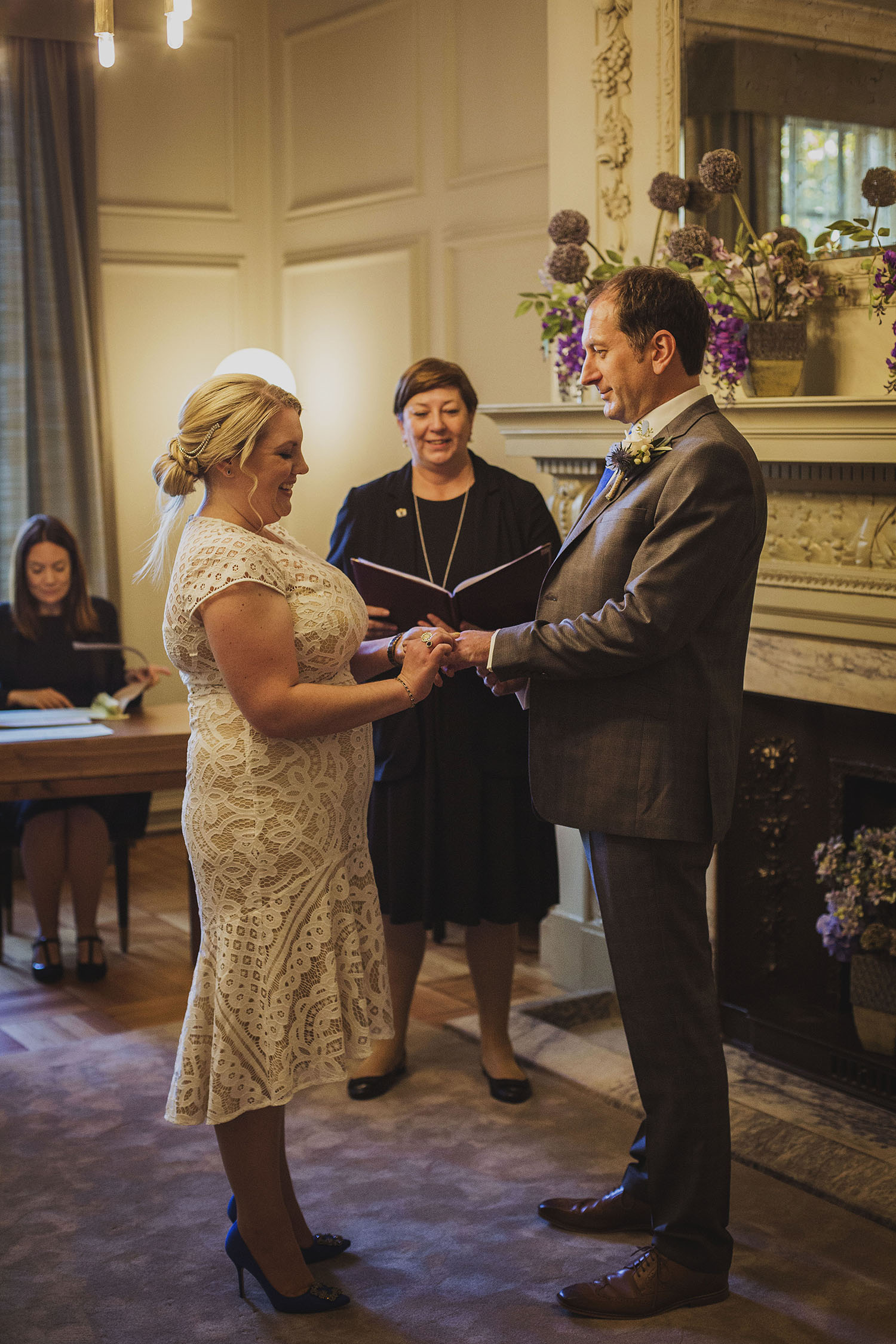 wedding ceremony pimlico room the old marylebone town hall wedding photographer