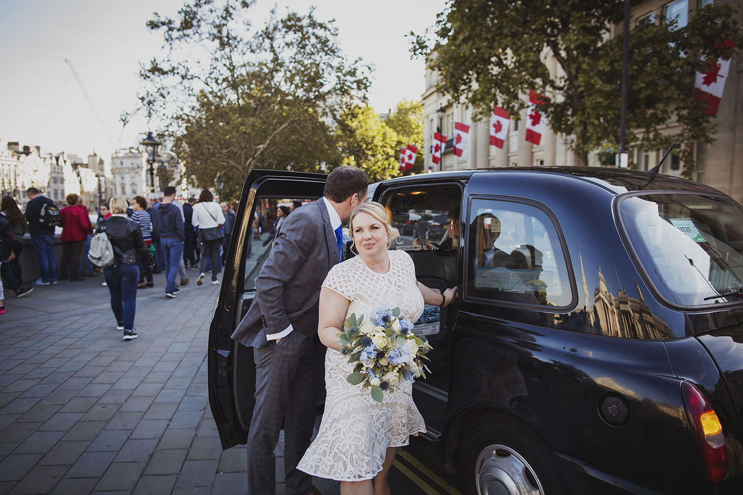bride and groom portraits trafalgar square london wedding photographer