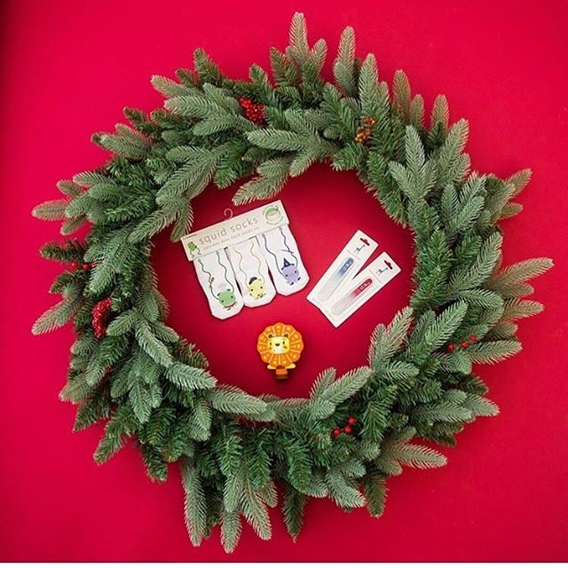 🎄 GIVEAWAY 🎄  In celebration of the holidays we want to give one lucky Mama The awesome GENIUS products  featured in Parents Magazine! We have teamed up with two of the shops to bring you an amazing baby giveaway! One lucky mama will win a $50 shop credit to each store!!! How to enter: 🎄 Like this photo 🎄 Follow all accounts:  @squidsocksinc  @babybluegiraffe  @chompnchewsteether 🎄Tag friends in seperate comments. Each comment is an entry. 🎄Good luck! The winner will be chosen at 5pm on Christmas Eve! This contest is not affiliated with Instagram.