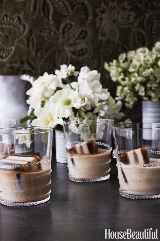 gallery-1496240554-lulu-powers-iced-coffee-cubes.jpg