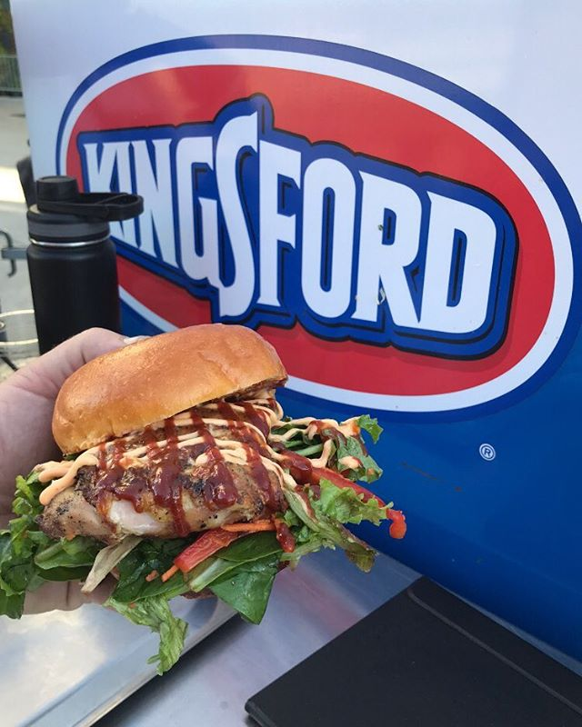 Grilled chicken sandwiches over Kingsford. Loving the Q at the A's game tonight. #kingsford #fodtruckmafia #soboneyard