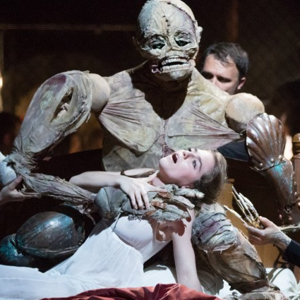 """A discovery…"" - - Birgit Kleinfeld, Das OpernmagazinStaatsoper Hamburg, Elisabeth World premiere of Jan Dvořák's Frankensteinphoto dpa Christian Charisius"