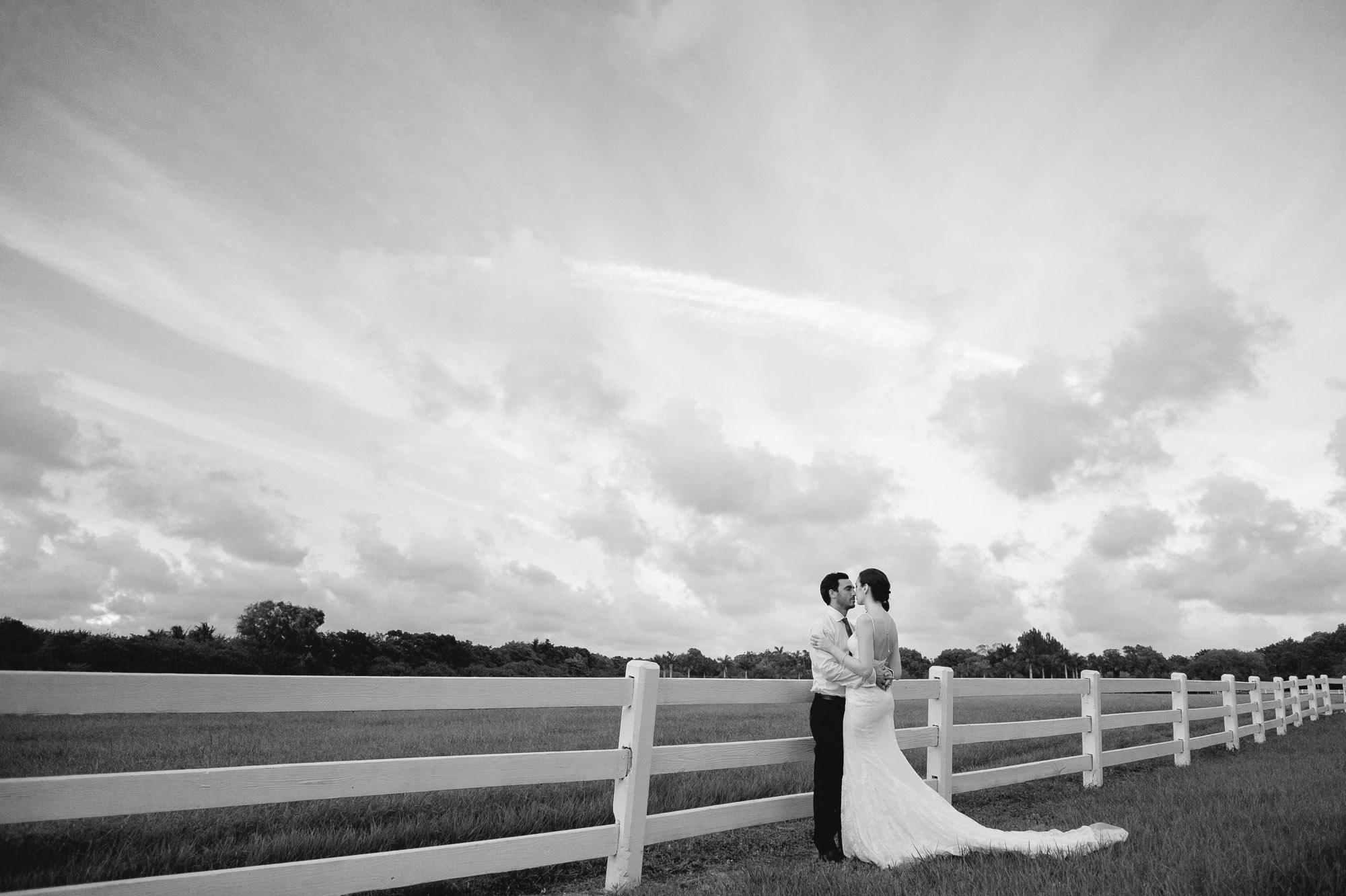 robbins lodge outdoor wedding