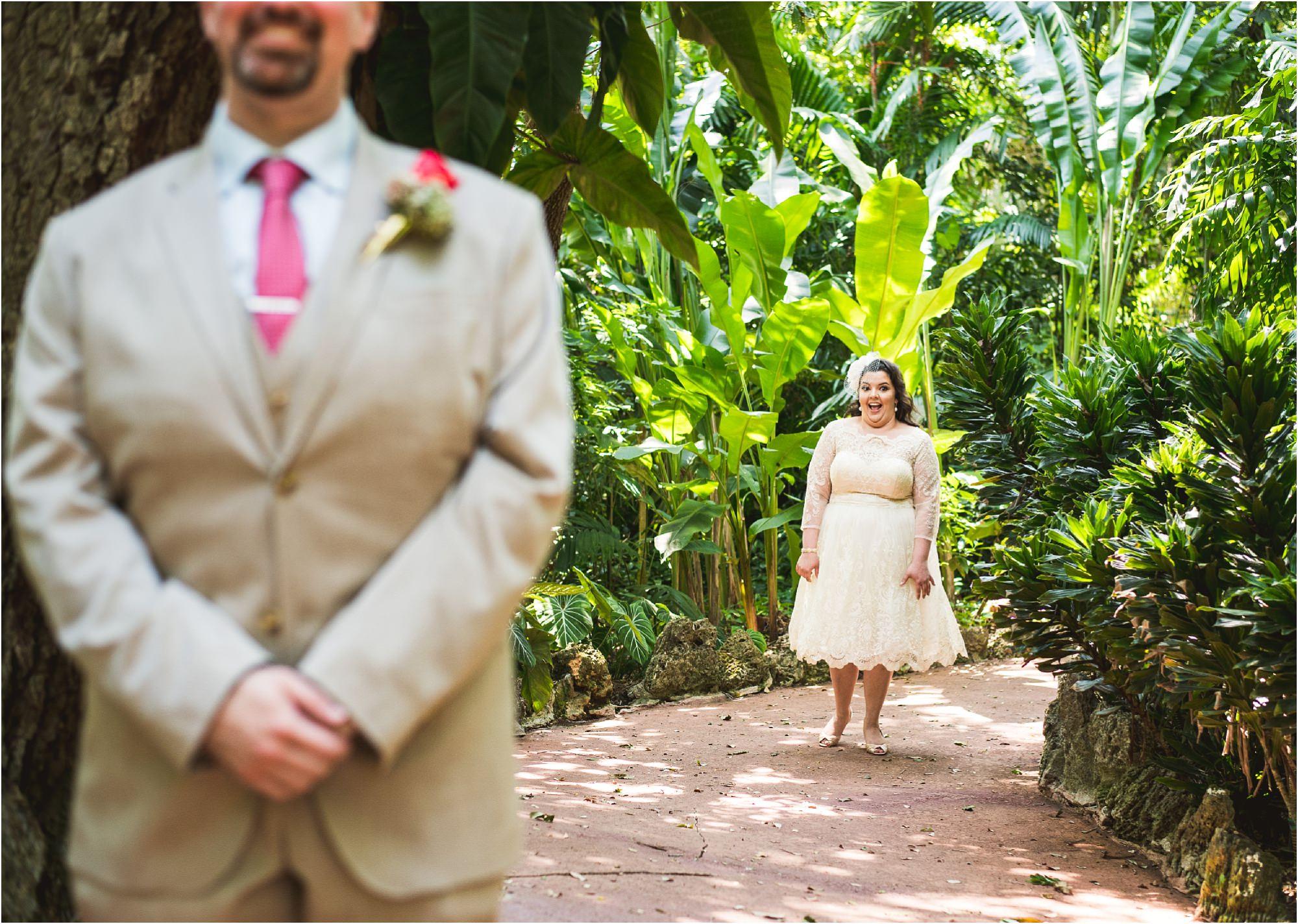 outdoor-rustic-pincrest-gardens-wedding-miami-photographer-jessenia-gonzalez_1008.jpg