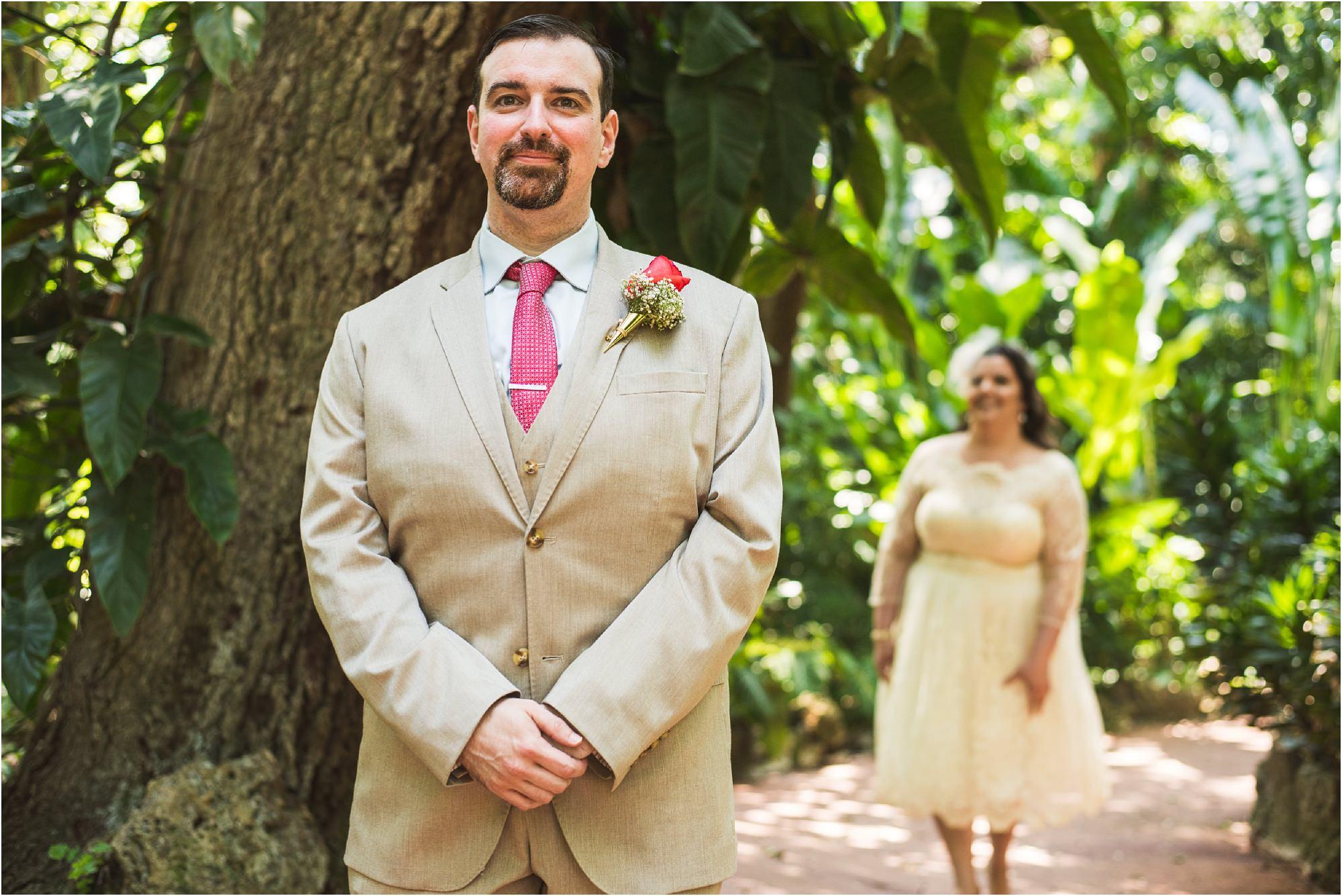 outdoor-rustic-pincrest-gardens-wedding-miami-photographer-jessenia-gonzalez_1009.jpg