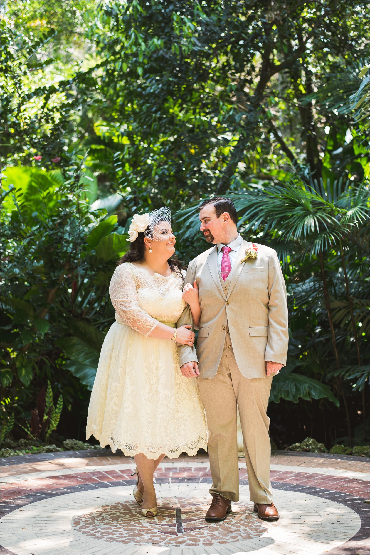 outdoor-rustic-pincrest-gardens-wedding-miami-photographer-jessenia-gonzalez_1015.jpg