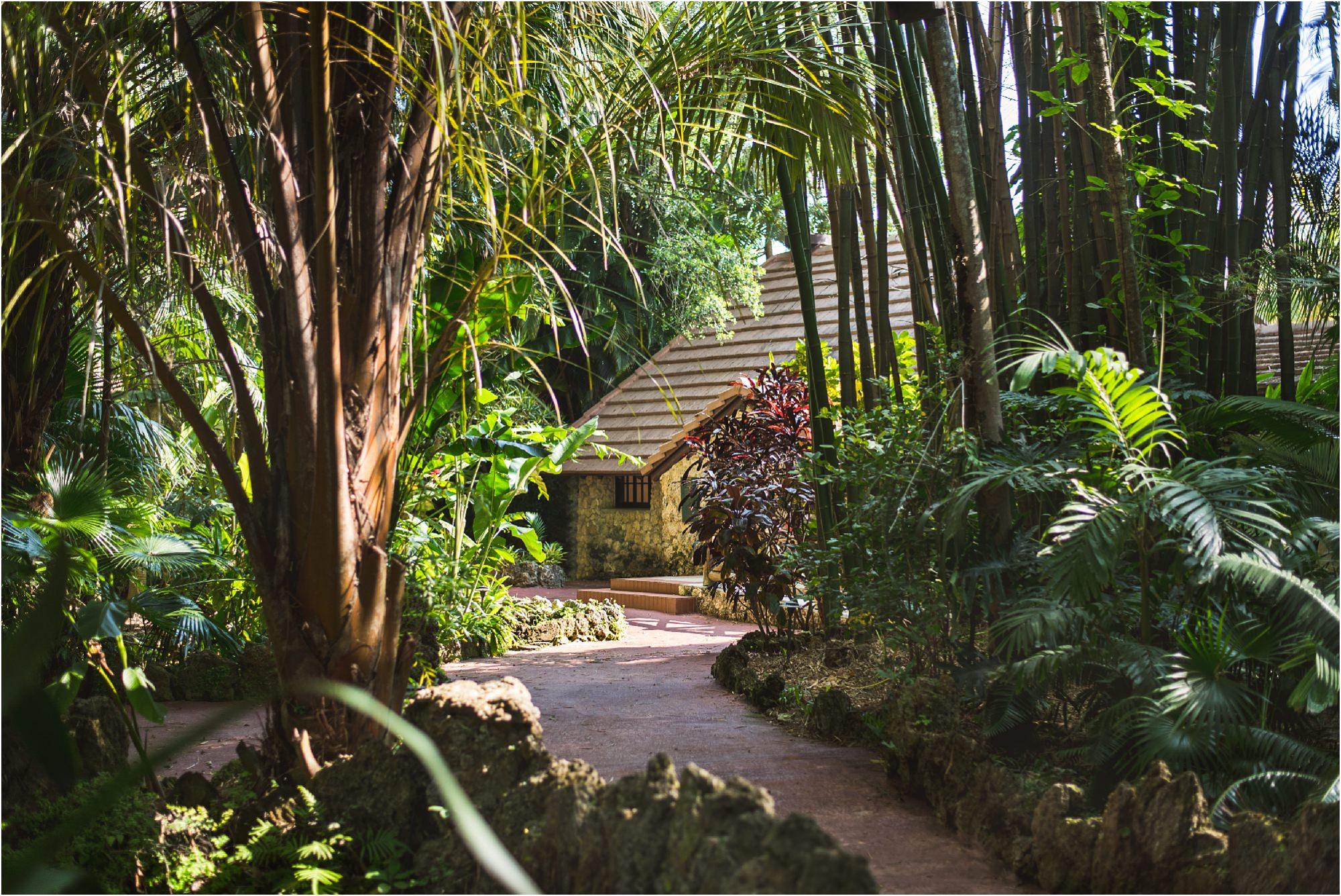outdoor-rustic-pincrest-gardens-wedding-miami-photographer-jessenia-gonzalez_0974.jpg