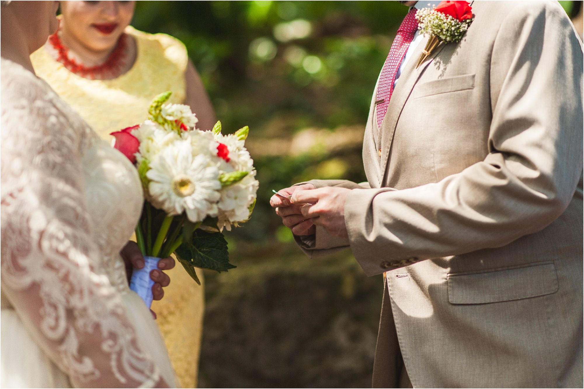 outdoor-rustic-pincrest-gardens-wedding-miami-photographer-jessenia-gonzalez_1034.jpg