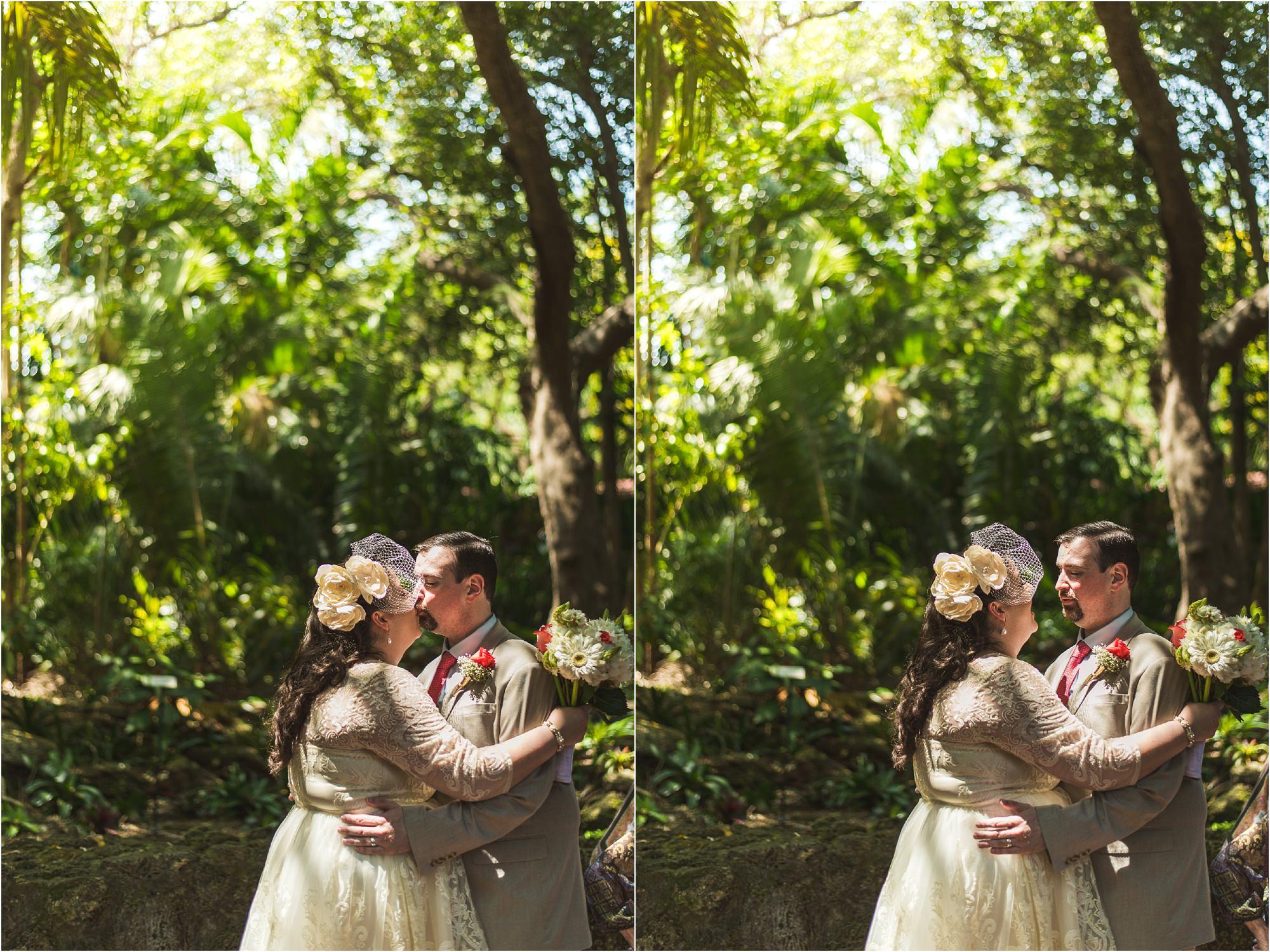 outdoor-rustic-pincrest-gardens-wedding-miami-photographer-jessenia-gonzalez_1048.jpg