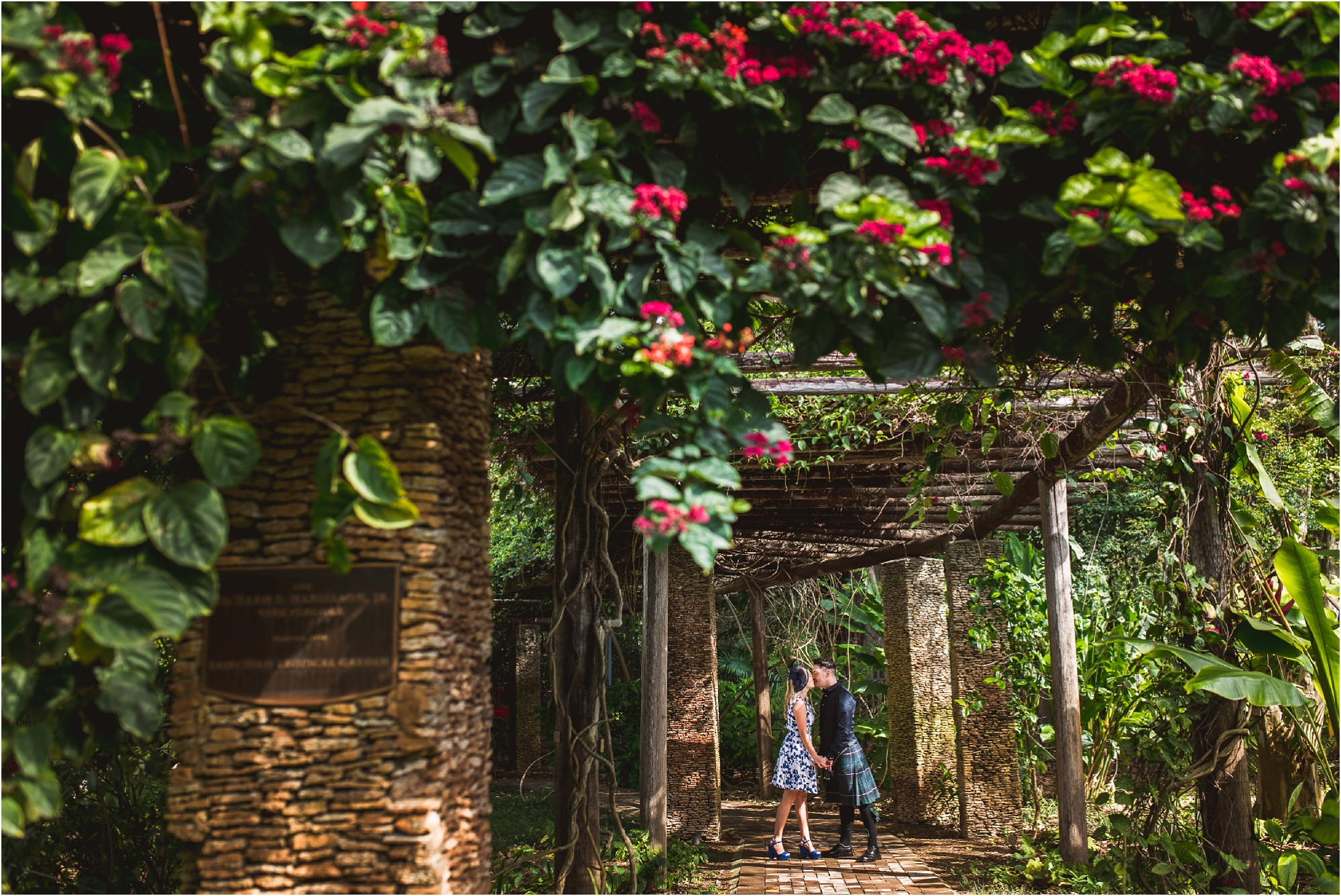 arch way-couple-romantic-scottish-fairchild-gardens