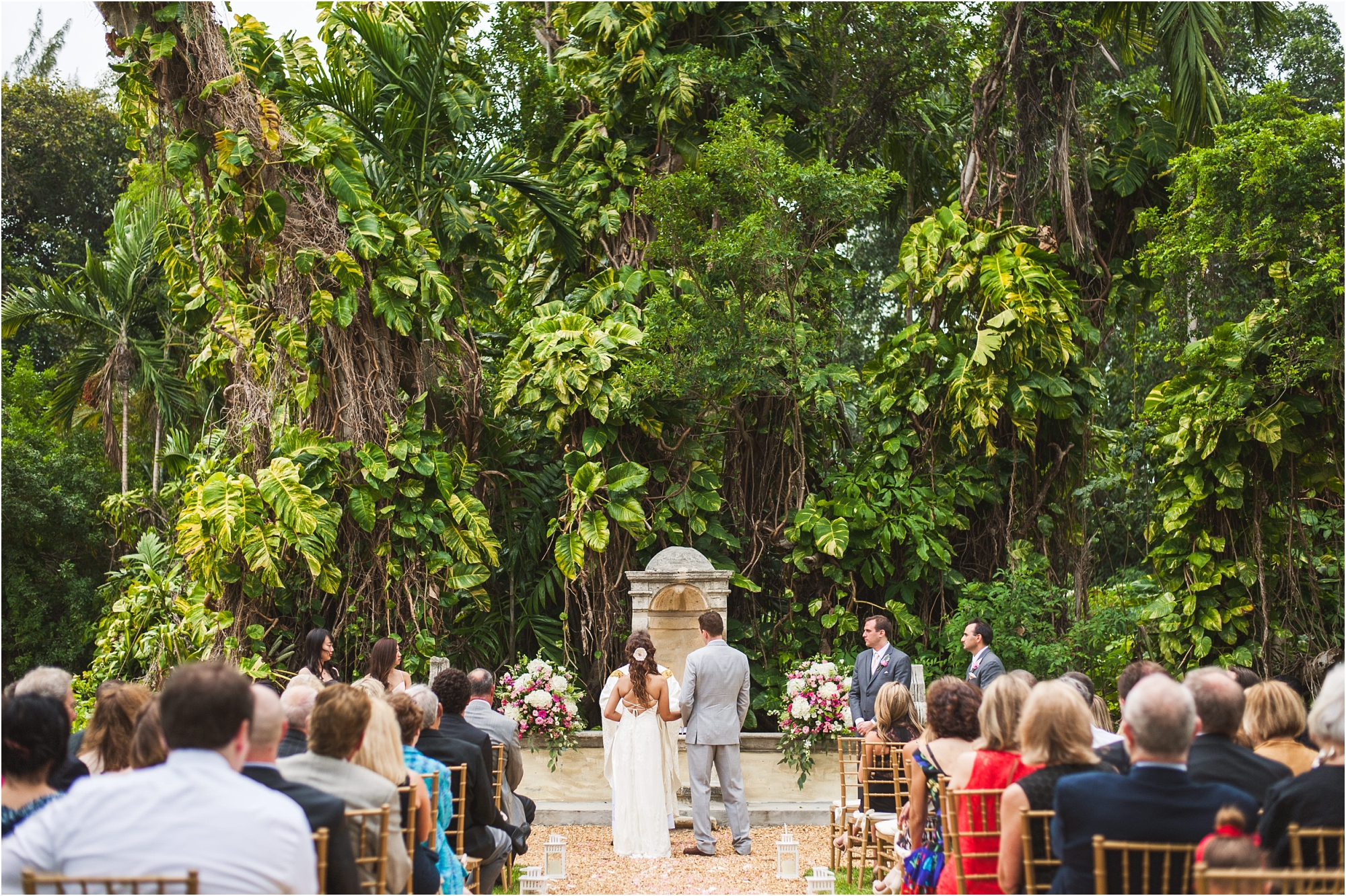 Spanish-Monastery-miami-beach-outdoor-elegant-wedding-photographer-jessenia-gonzalez_1165.jpg