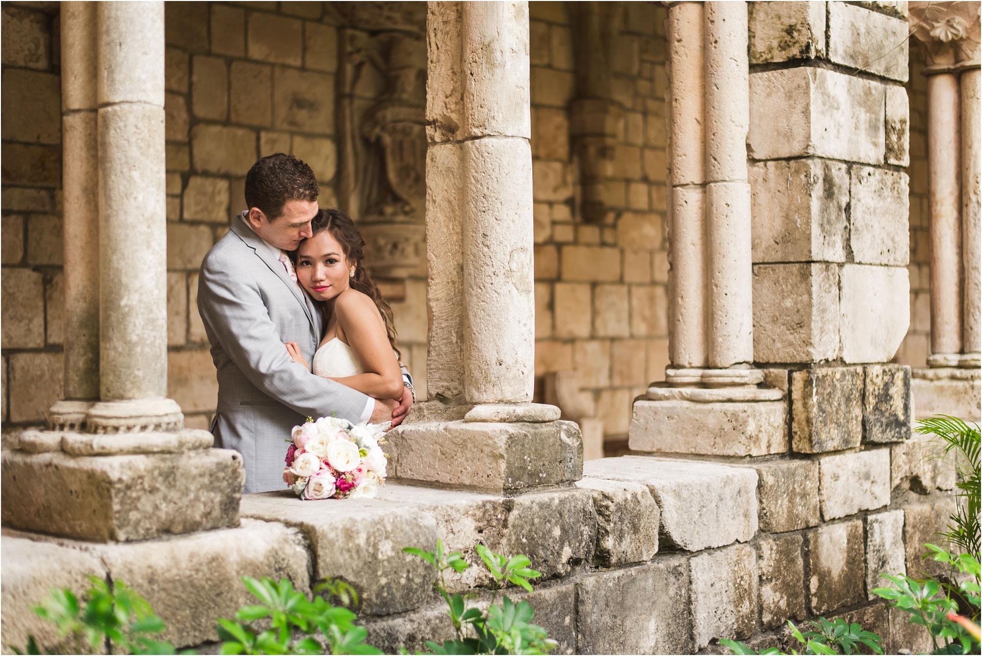 Spanish-Monastery-miami-beach-outdoor-elegant-wedding-photographer-jessenia-gonzalez_1208.jpg