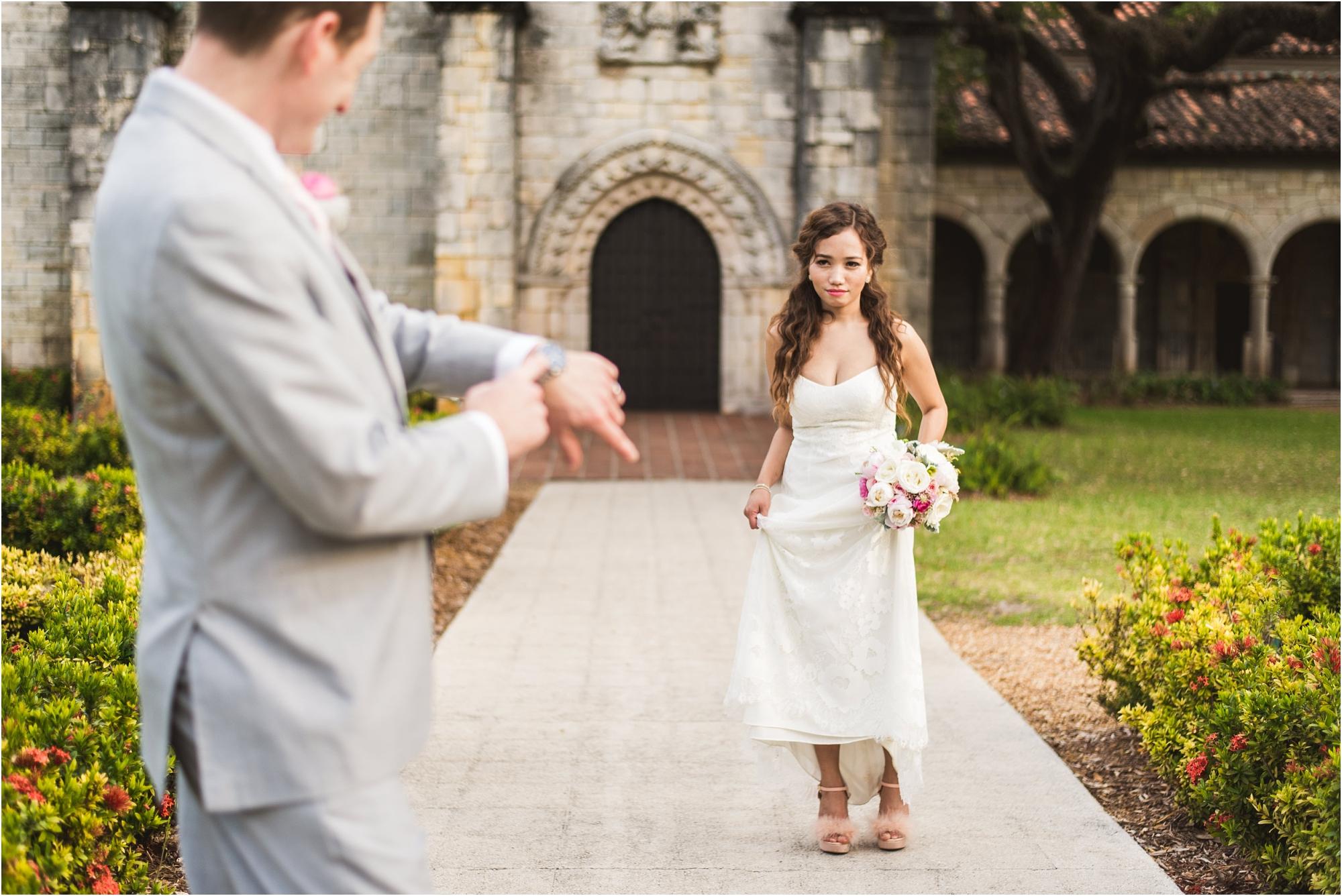 Spanish-Monastery-miami-beach-outdoor-elegant-wedding-photographer-jessenia-gonzalez_1218.jpg