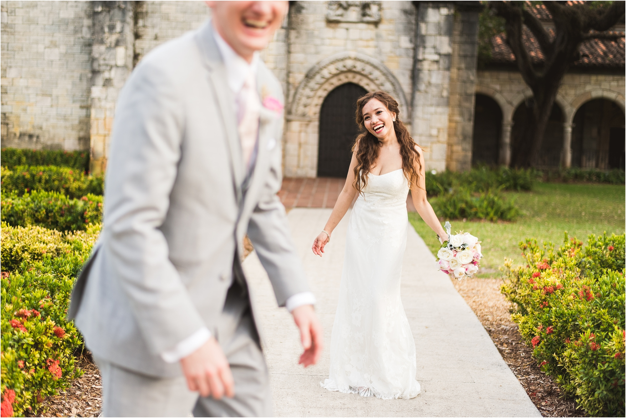 Spanish-Monastery-miami-beach-outdoor-elegant-wedding-photographer-jessenia-gonzalez_1220.jpg
