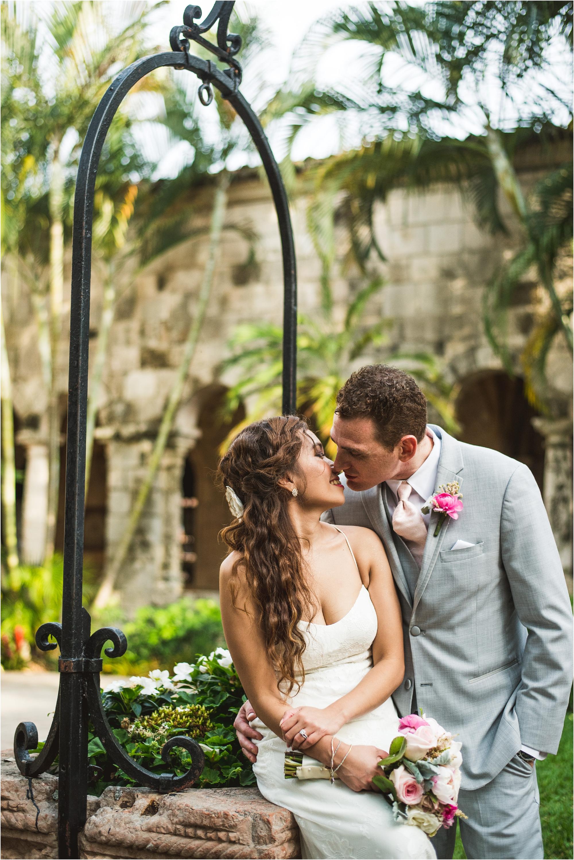 Spanish-Monastery-miami-beach-outdoor-elegant-wedding-photographer-jessenia-gonzalez_1198.jpg