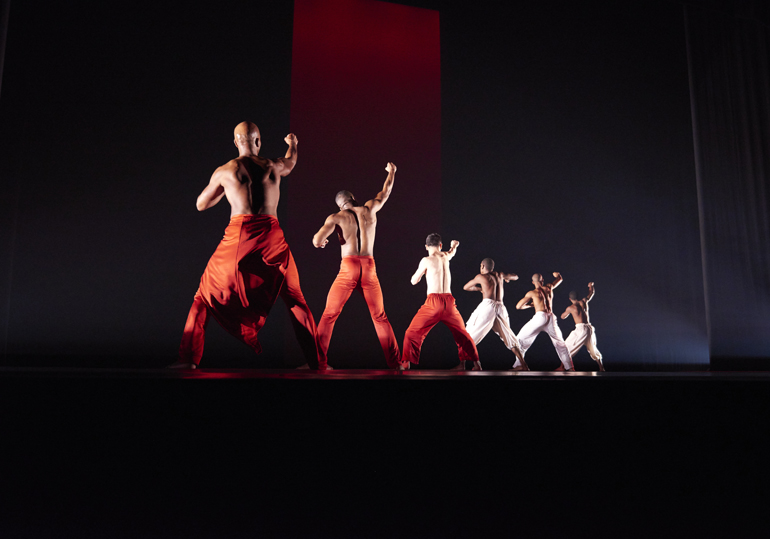 Alvin-Ailey-American-Dance-Theater-in-Ronald-K.-Browns-Grace.-Photo-by-Andrew-Eccles-3.jpg