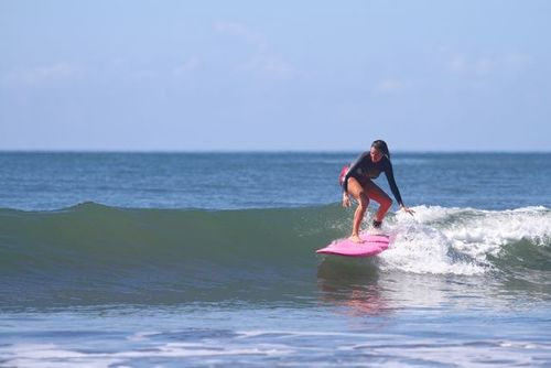 DAILY SURF SESSION