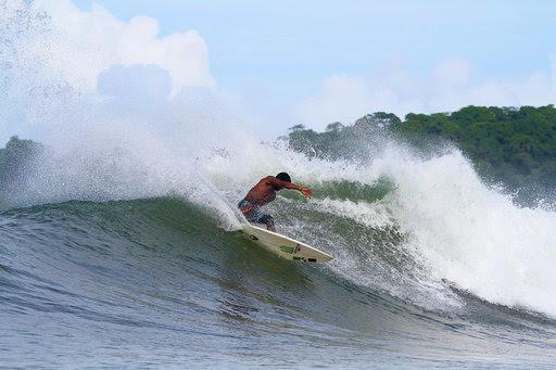 Oli Surf 1.jpg
