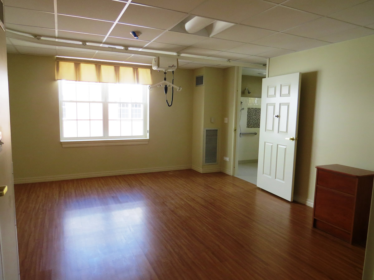 Resident_Room_view_from_entrance.jpg