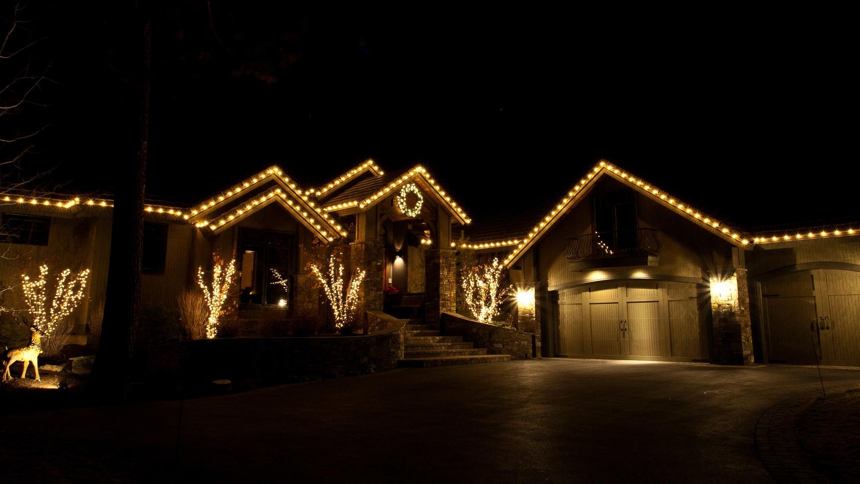 Residential Christmas Light Installation Gallery
