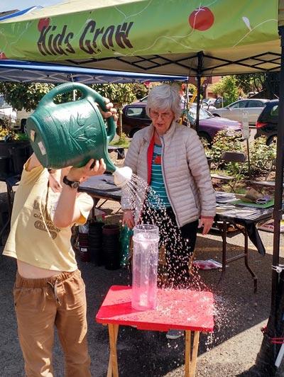 teaching Young gardeners