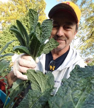 Eddie-in-his-garden.jpg