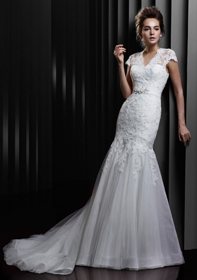 loverly-wedding-dress.jpg
