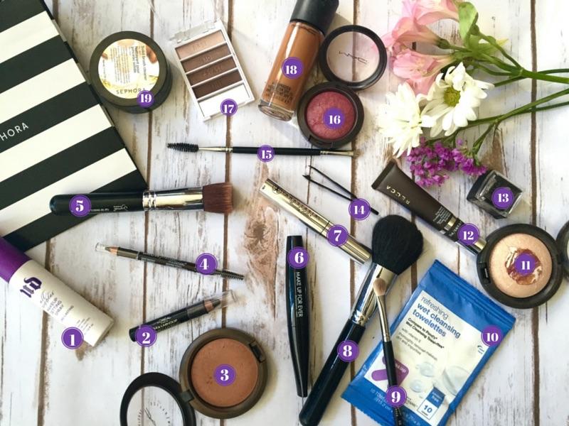 What's in My Travel Makeup Bag | Nikki's Haven