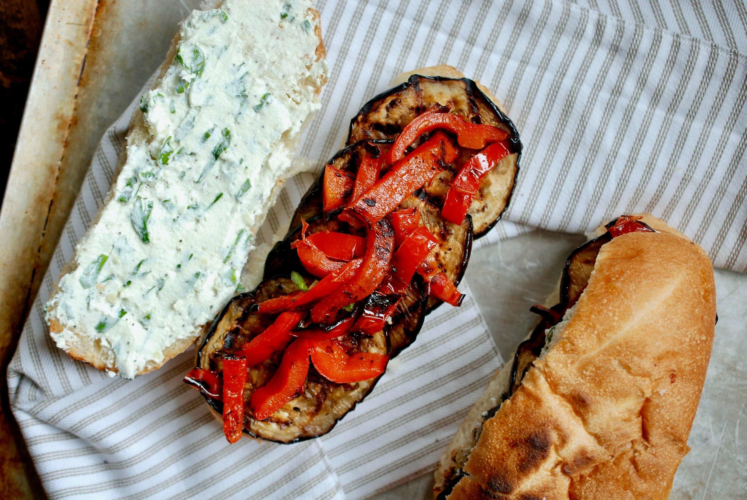 sandwich_no lid.jpg