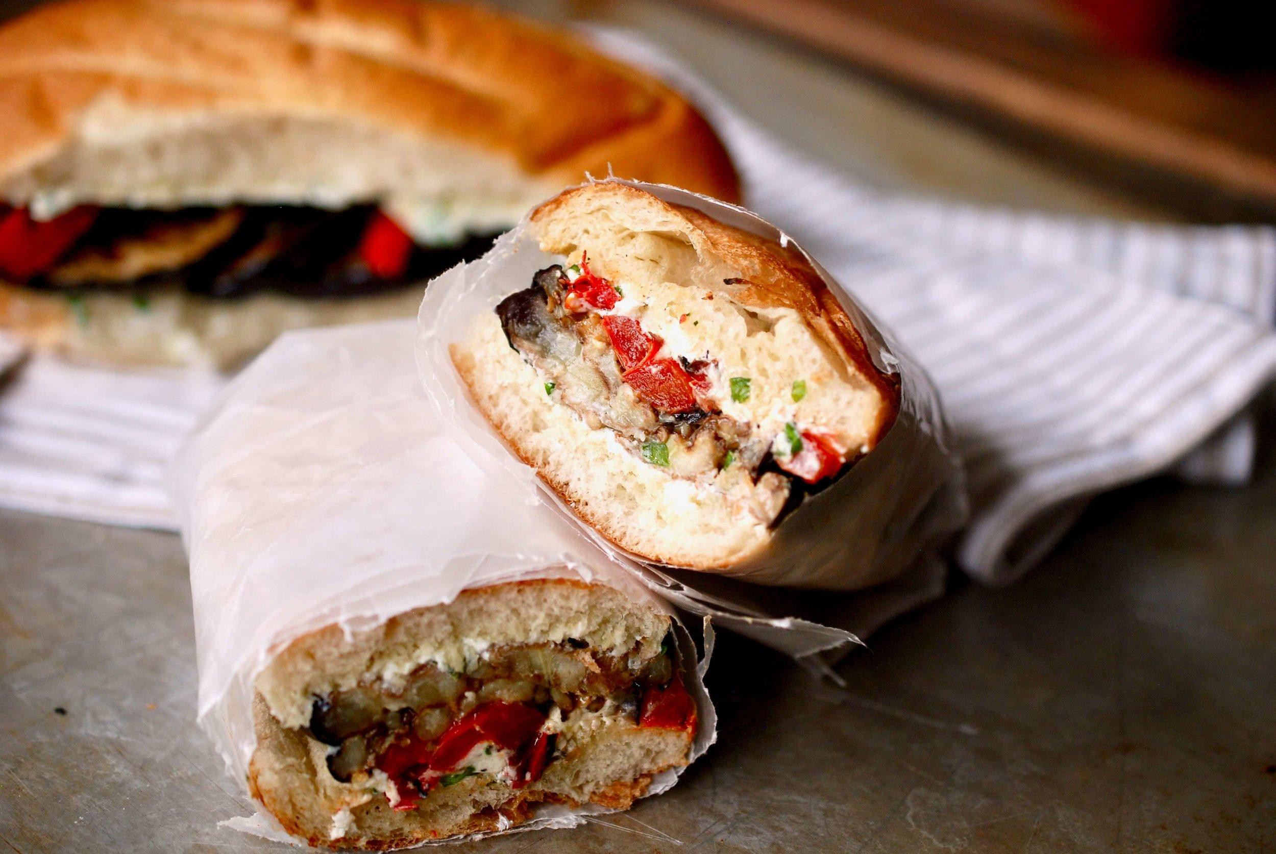 Sandwich_cut.jpg