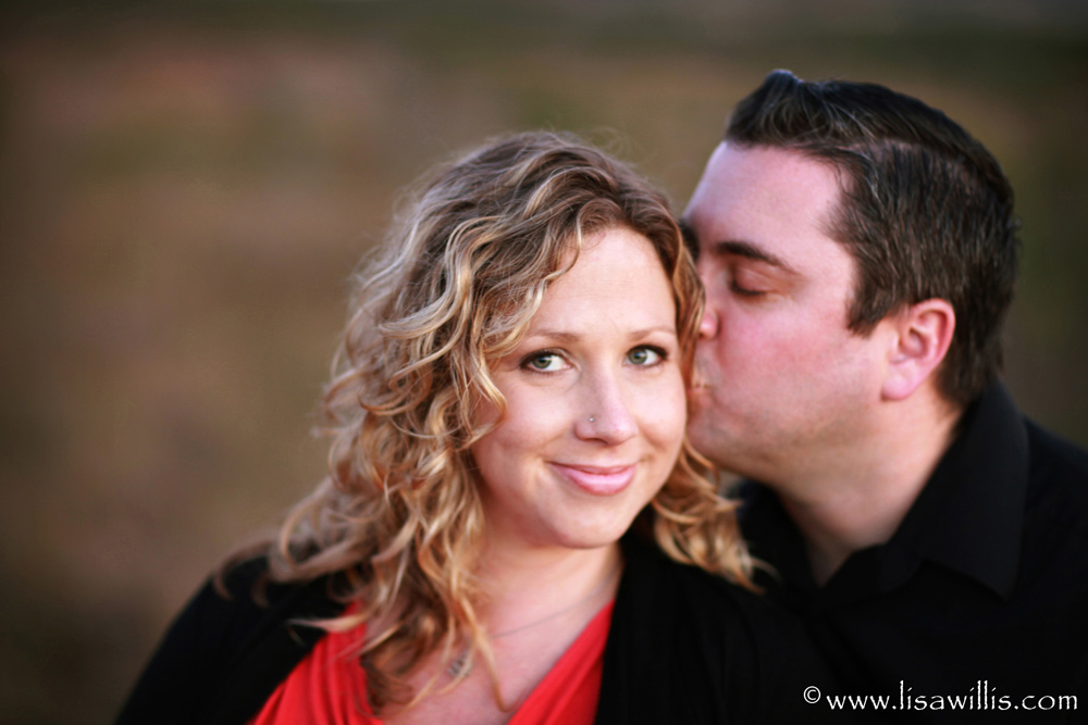 kissing-love.jpg
