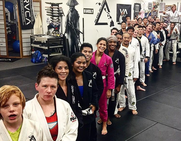 Photo from last month, but trained last night. First time had a few seconds of clarity while rolling and remembering elementary fundamentals more and more now.   In surfing I know how to conserve energy and flow energy to make things work in your favor. Jiu Jitsu since I'm not able to yet, really shows weakness via mentally and physically.   It's interesting though applying learning techniques from surfing and shaping  , those same building blocks and methods seem to apply lately to Jiu Jitsu and business. Making everything much more rewarding as it all melts into one.
