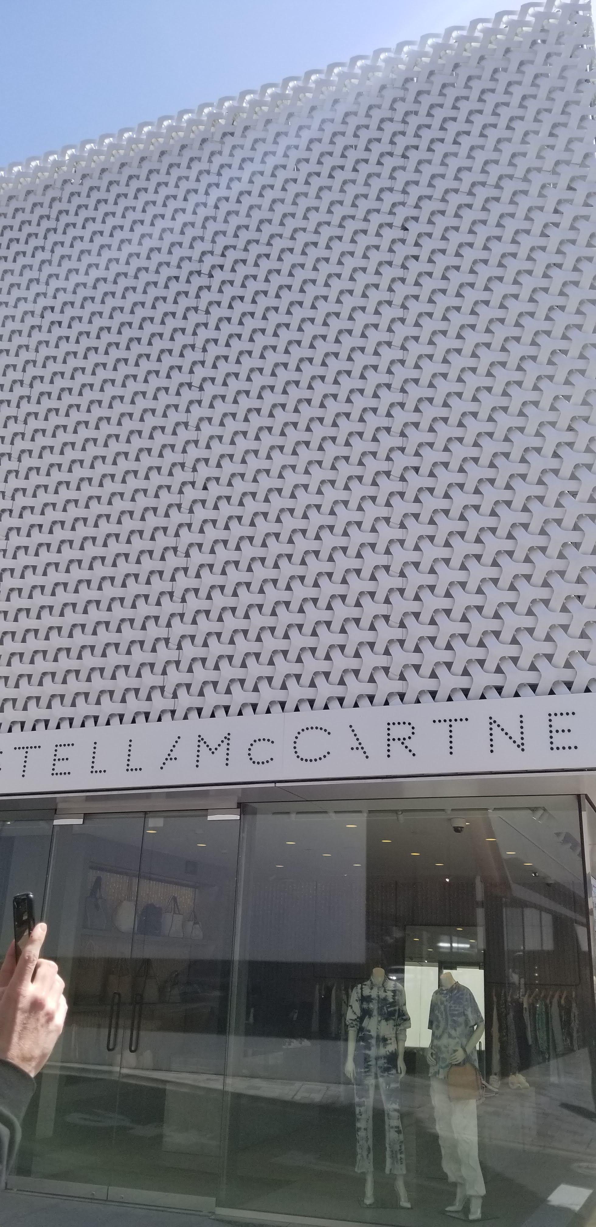Stella McCartney- Tadao Ando