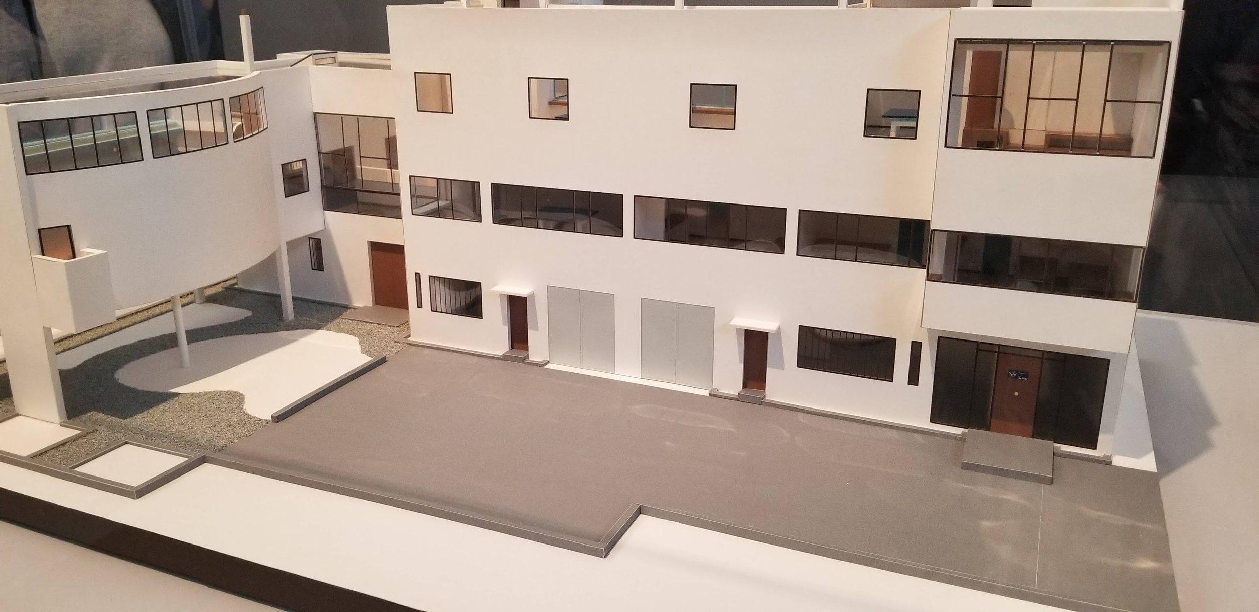 Les Corbusier Model