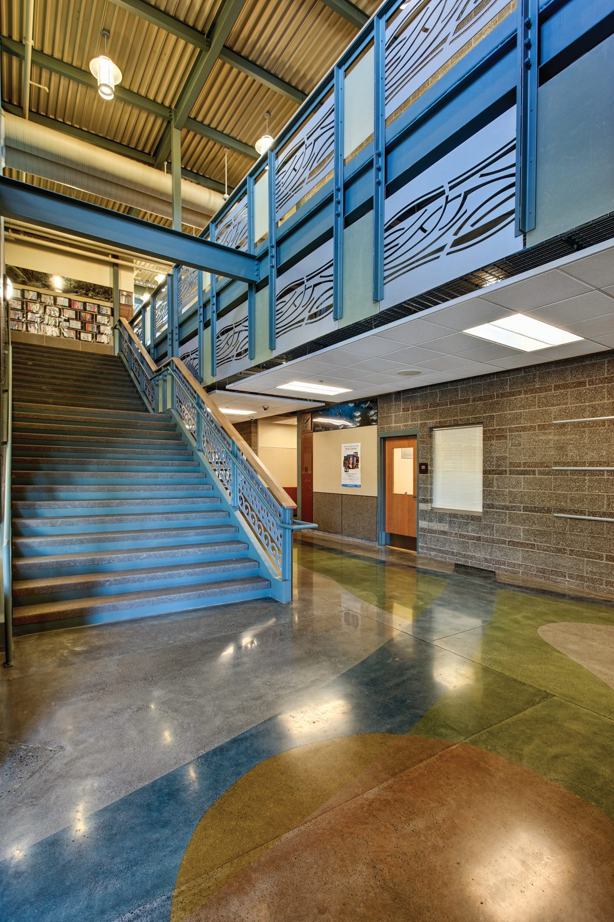 Sherwood Elementary & Middle School (with  Dull Olson Weekes Architects )
