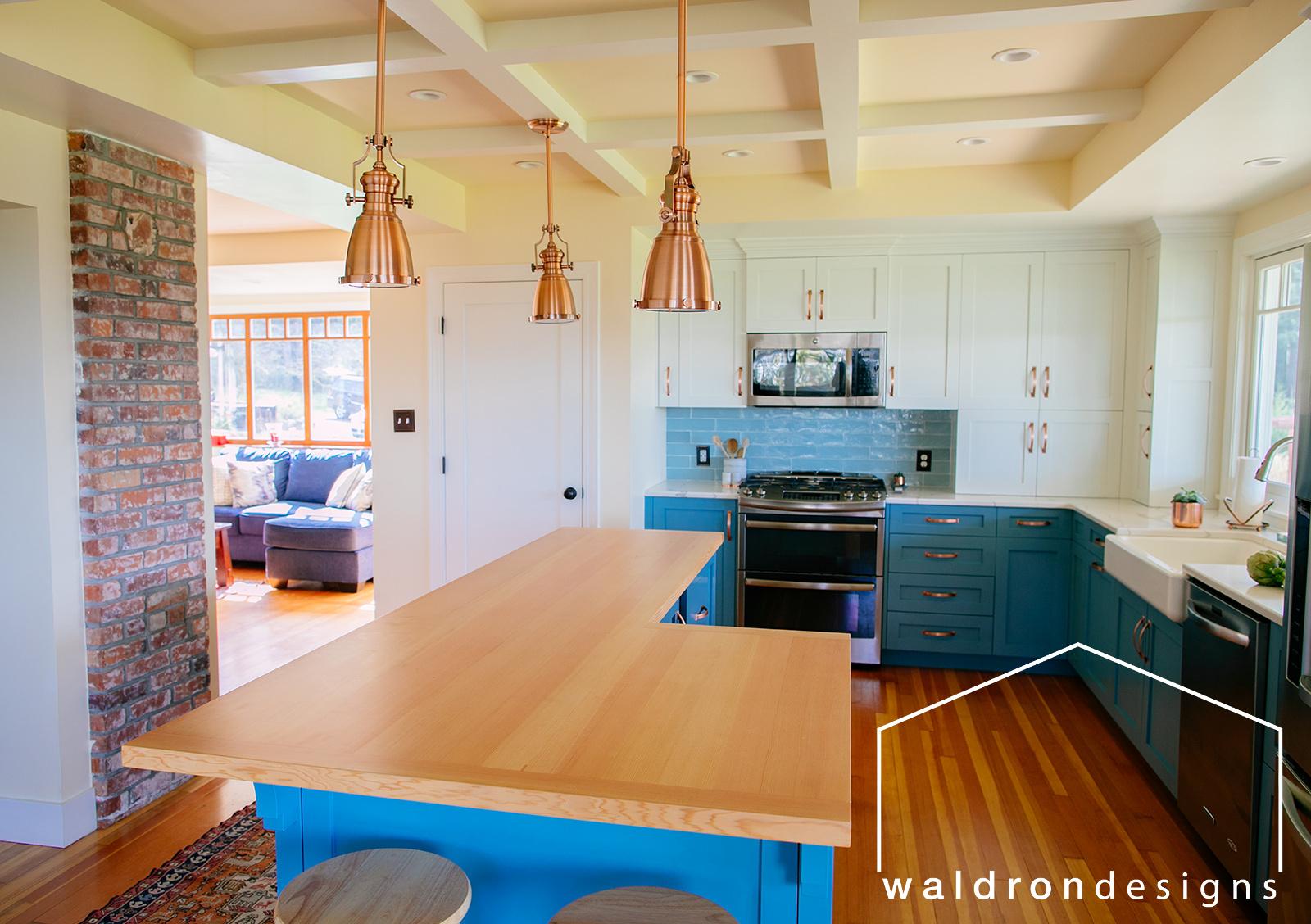 vashon-seattle-tacoma-interior-architectural-designer-waldron-designs-benjamin-moore-cloud-white-cabinets.jpg