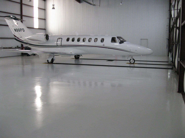 aircraft_hanger_epoxy_flooring-1.jpg