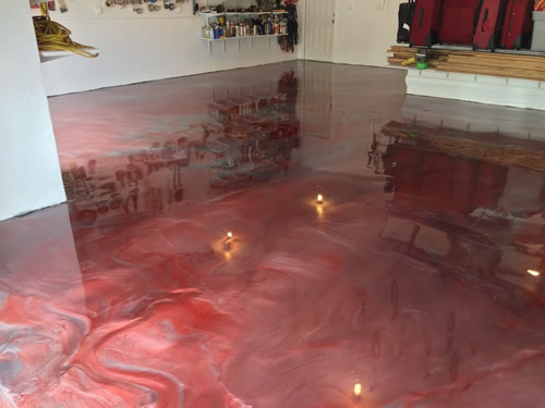 epoxy+-blend+of+red+and+silver+metallic+-+garage+floor. - Copy.jpg