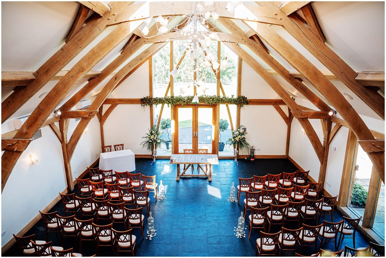 mythe-barn-alternative-wedding-28.jpg