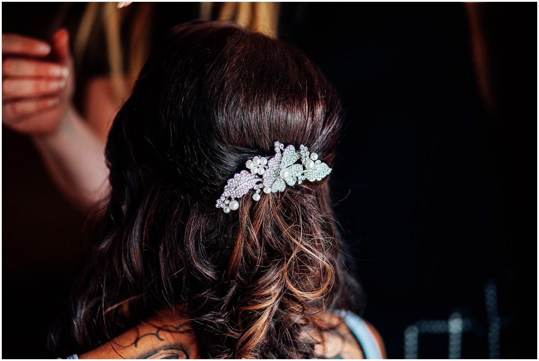 mythe-barn-alternative-wedding-57.jpg