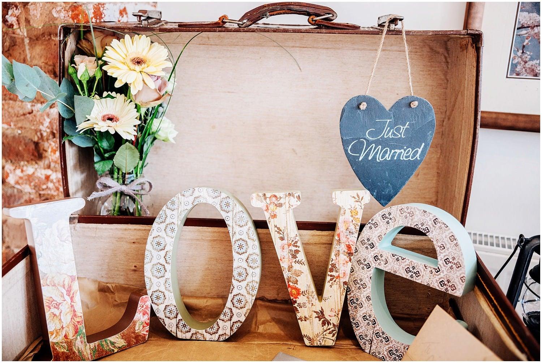 mythe-barn-alternative-wedding-64.jpg