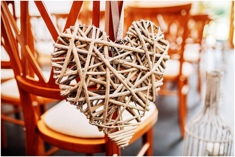 mythe-barn-alternative-wedding-103.jpg