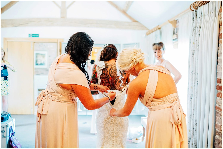 mythe-barn-alternative-wedding-115.jpg