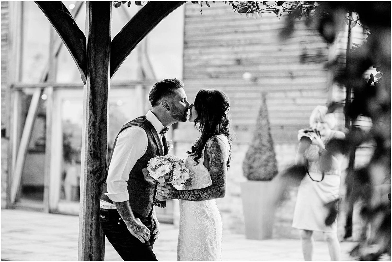 mythe-barn-alternative-wedding-230.jpg