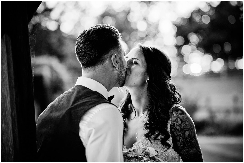 mythe-barn-alternative-wedding-231.jpg