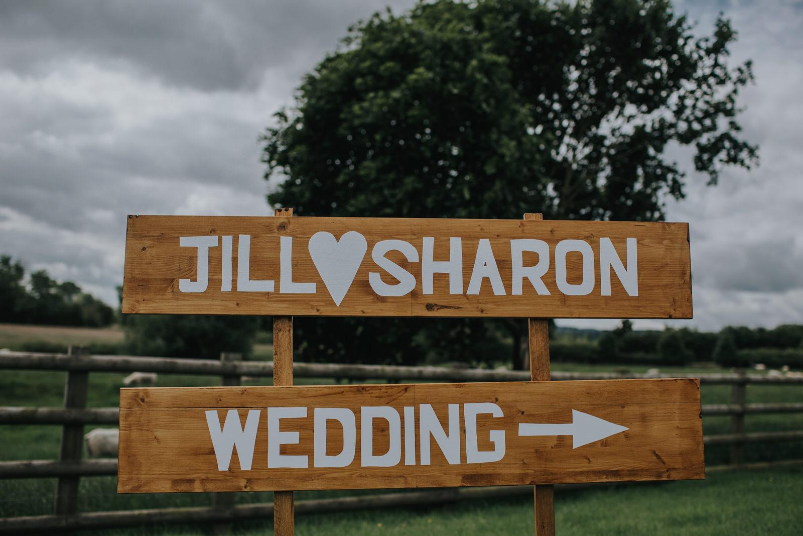 jill and sharon mythe barn wedding
